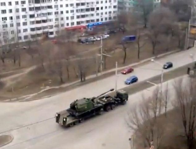 Nga dieu 80.000 binh si toi bien gioi Ukraina hinh anh 6