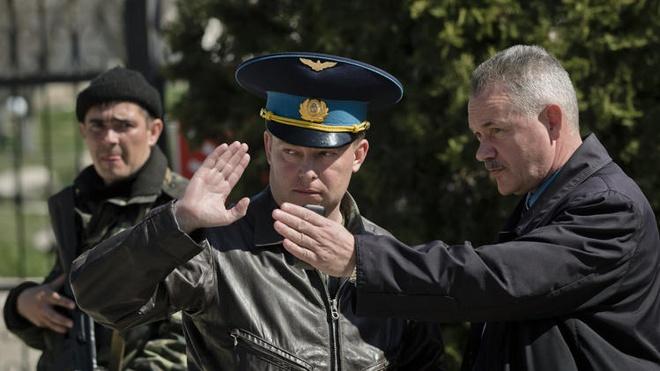 Chan dung vi dai ta noi tieng cua Ukraina hinh anh