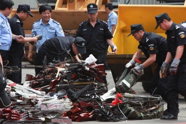 Trung Quoc thu giu hon 10.000 sung bat hop phap hinh anh 1 Cảnh sát tỉnh Quý Châu, Trung Quốc đã thu giữ hơn 10.000 khẩu súng bất hợp pháp. Ảnh:
