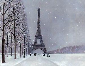 9. Vào mùa đông, độ cao của tháp giảm từ 10 đến 20 cm do nhiệt độ giảm khiến thép co lại.