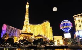 15. Nhiều nơi trên thế giới như Las Vegas (Mỹ), Trung Quốc, Rumani, Copenhagen (Đan Mạch), Varna (Bungari), Aktau (Kazakhstan)… đã sang tạo các bản sao từ tháp Eiffel.
