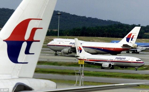 Malaysia Airlines co the doi ten sau su co MH17 va MH370 hinh anh