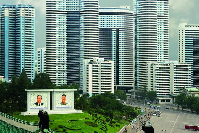 Các tòa nhà cao tầng tại khu vực Mansudae làm thay đổi diện mạo của thủ đô Bình Nhưỡng.