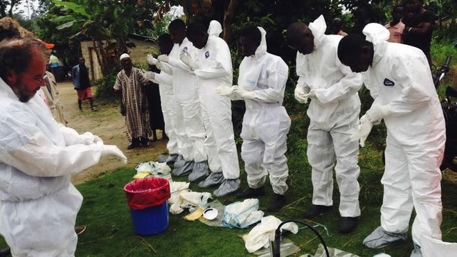 'Than y' Sierra Leone khien hang tram nguoi nhiem Ebola hinh anh