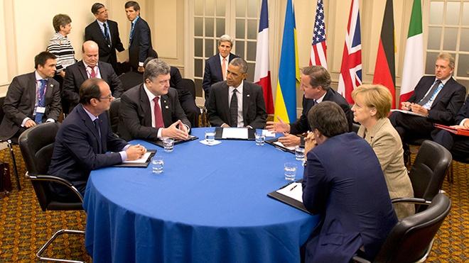 My, EU chuan bi giang don trung phat kinh te nham vao Nga hinh anh