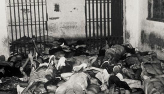 Nha tu lon nhat Nam My va vu tham sat kinh hoang hinh anh 10 Tổng cộng, cảnh sát đã bắn hơn 500 loạt đạn, giết chết tại chỗ 103 tù nhân, 8 người còn lại chết do bị bạn tù đâm trong cuộc loạn đả trước đó.