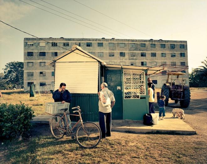 Cuoc song doi thuong o Cuba khi bi My cam van hinh anh 13 Sự phát triển của những mô hình kinh doanh tư nhân nhỏ, như một cửa tiệm tạp hóa này ở thị trấn Pedro Pi, là tín hiệu của sự thay đổi.