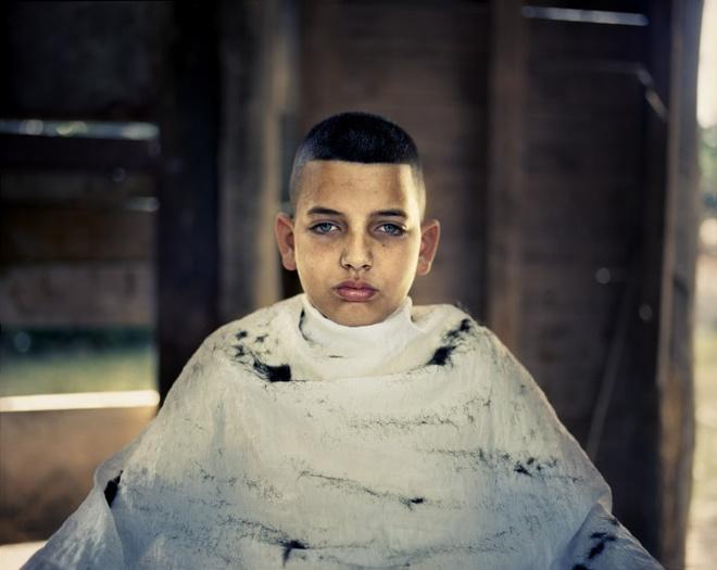 Cuoc song doi thuong o Cuba khi bi My cam van hinh anh 6 Cậu Rodney Cajiga, sống ở thị trấn miền đông Justiz, đi cắt tóc theo yêu cầu của thầy giáo.