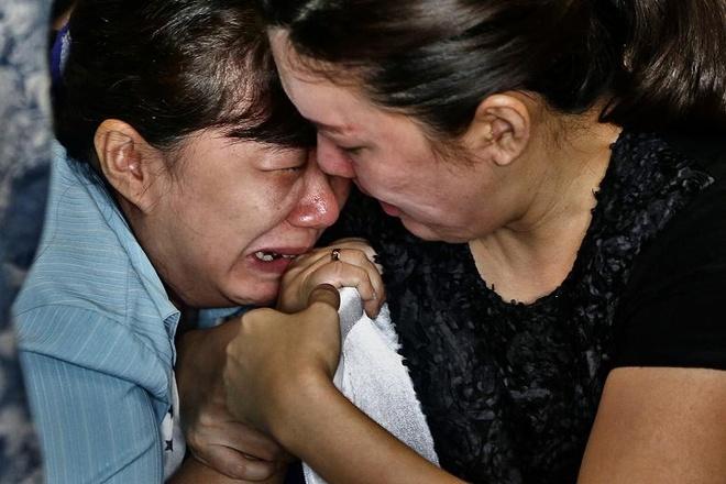 Toan canh mot tuan tham kich QZ8501 hinh anh