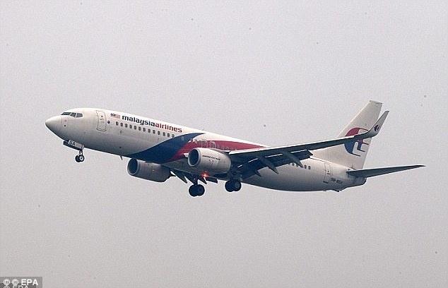 MH370 chuyen huong ve Nam Cuc truoc khi roi? hinh anh