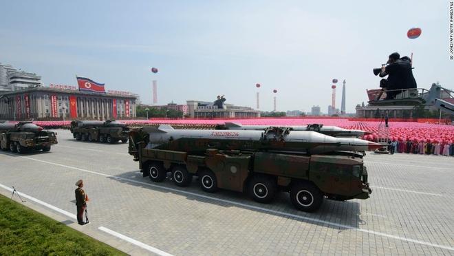 My - Han tap tran ram ro, Kim Jong Un dap tra kho luong hinh anh 3 Triều Tiên