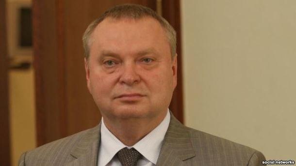So bi xu tu, hang loat cuu quan chuc Ukraine tu sat? hinh anh 1 Ông Oleksandr Peklushenko chết với một phát đạn ở cổ Ảnh: Kiev Post