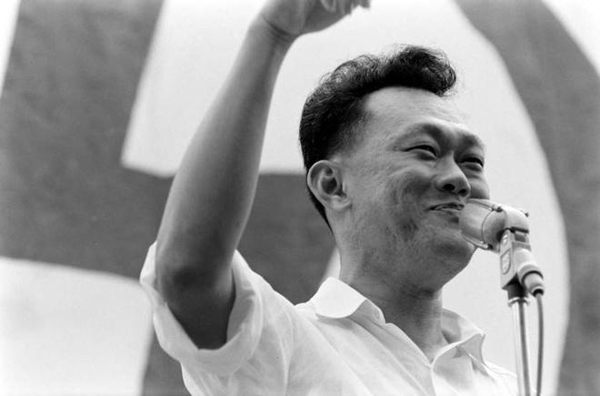 Hinh anh Ly Quang Dieu trong ngay dac cu thu tuong Singapore hinh anh