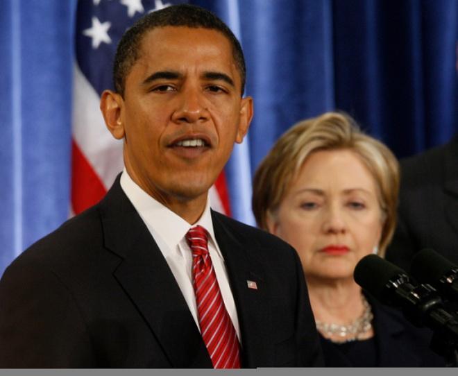 Cuoc doi va con duong chinh tri cua ba Hillary Clinton hinh anh 16 Ngày 1/12/2008, sau khi nhậm chức tổng thống Mỹ, ông Obama tuyên bố đề cử bà Clinton giữ chức ngoại trưởng Mỹ. Ảnh: AP