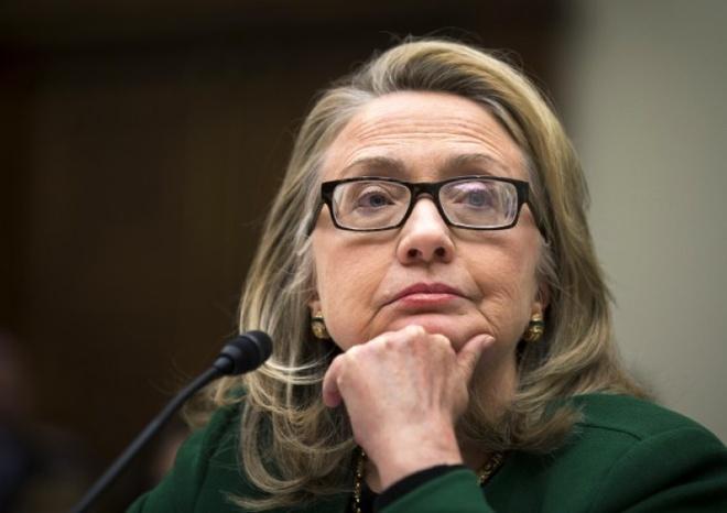 Cuoc doi va con duong chinh tri cua ba Hillary Clinton hinh anh 19 Ngày 23/1/2013, Ngoại trưởng Clinton điều trần trước quốc hội về vụ tấn công đại sứ quán Mỹ ở Libya. Vài ngày sau, bà kết thúc nhiệm kỳ ngoại trưởng, rời khỏi chính phủ và nhường nhiệm vụ lãnh đạo Bộ Ngoại giao Mỹ lại cho ông John Kerry. Ảnh: AP