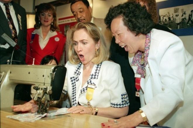 Cuoc doi va con duong chinh tri cua ba Hillary Clinton hinh anh 6 Bà Clinton tham gia một sự kiện để vận động tranh cử cho chồng vào ngày 19/6/1992. Ảnh: AP
