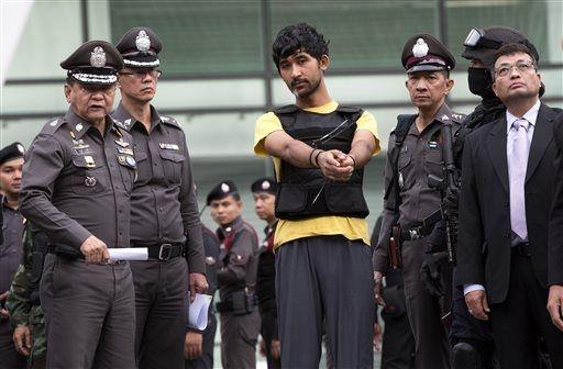 Nghi pham tan cong Bangkok thua nhan la ke giao tui bom hinh anh