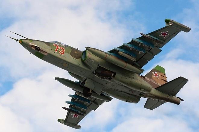 Voi nuoc co Syria, Nga quay tro lai Trung Dong hinh anh 1 Chiến đấu cơ Su-25 của Nga. Ảnh minh họa: Pinterest.com