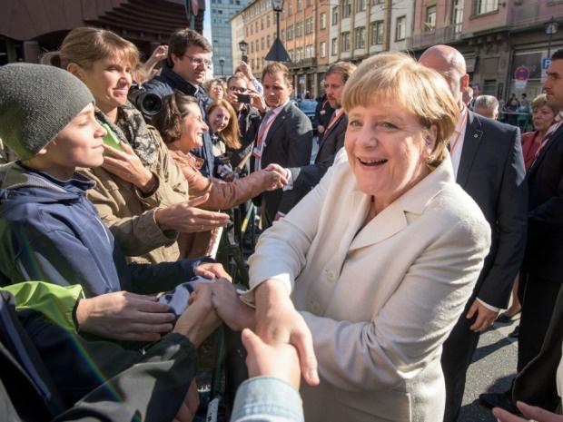 Nobel 2015 nong truoc gio khai mac hinh anh 1 Ứng cử viên số 1 cho giải Nobel Hòa bình 2015 là Thủ tướng Đức Angela Merkel với những đóng góp của bà