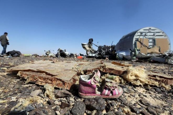 IS sao chep chien luoc khung bo cua Al-Qaeda hinh anh 2 IS tự nhận là thủ phạm gây ra thảm kịch phi cơ Nga rơi ở bán đảo Sinai của Ai Cập ngày 31/10. Ảnh: IBTimes