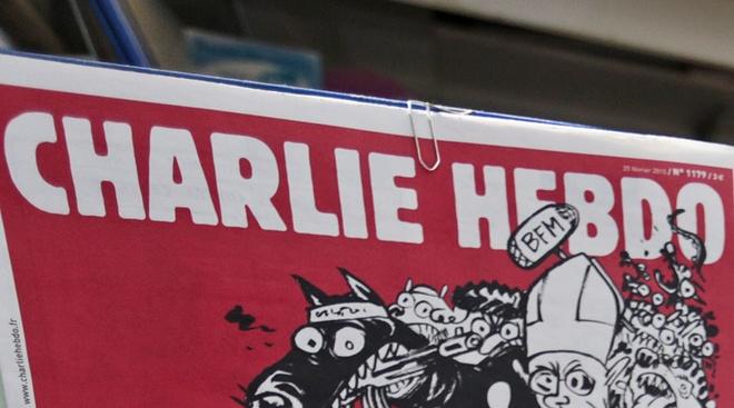 Nga chi trich Charlie Hebdo vi dang biem hoa tai nan phi co hinh anh