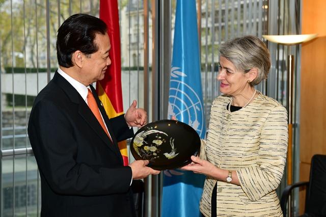 Giam doc UNESCO danh gia cao nhung dong gop cua Viet Nam hinh anh