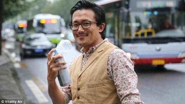 Dan Trung Quoc tim mua khong khi sach dong chai tu Canada hinh anh 1