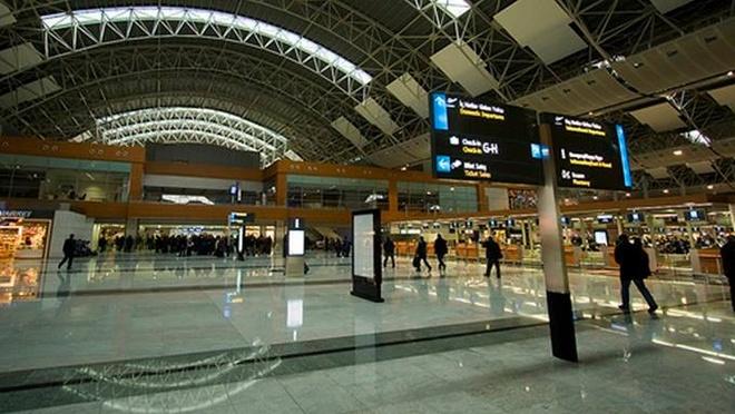 No tai san bay Tho Nhi Ky, mot nguoi chet hinh anh 1 Bên trong sân bay Sabiha Gokcen ở thành phố Istanbul. Ảnh: Istanbul.com