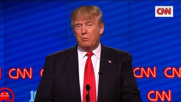 Ty phu Trump tiep tuc hung don cong kich tu doi thu hinh anh