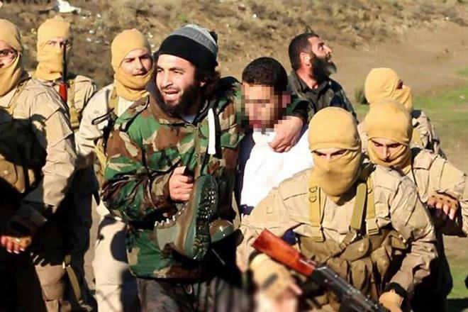 IS ban roi may bay Syria, bat song phi cong hinh anh 1
