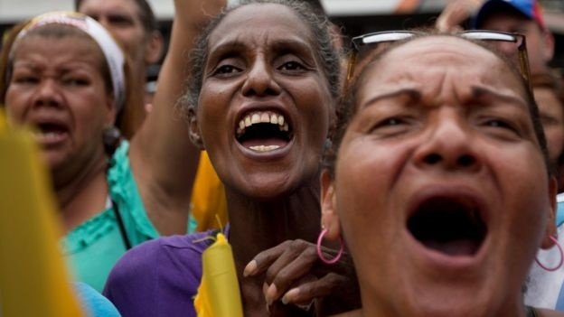 Venezuela nhu qua bom no cham vi khung hoang kinh te hinh anh