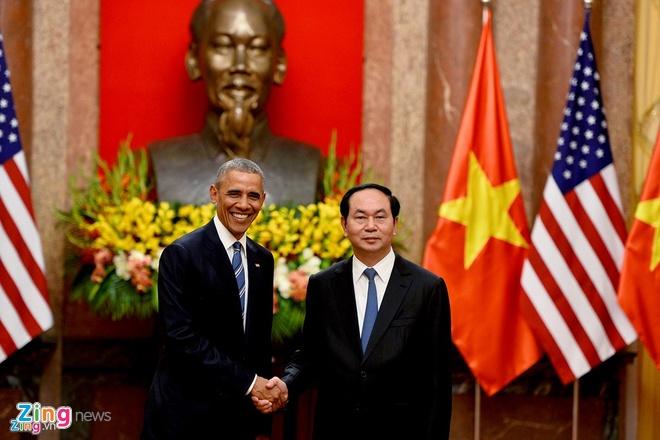 24 gio cua Tong thong Obama tai Ha Noi hinh anh