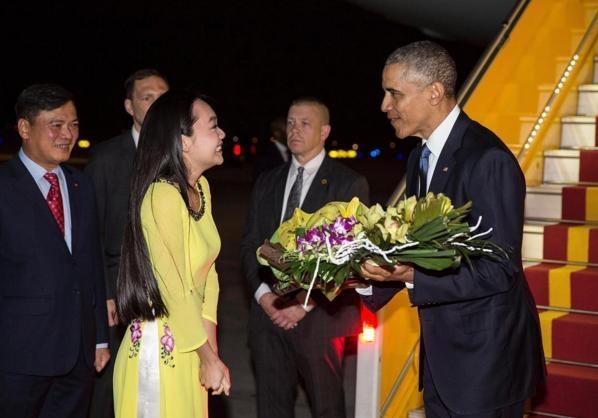 Obama tham Viet Nam qua ong kinh nhiep anh gia Nha Trang hinh anh 10