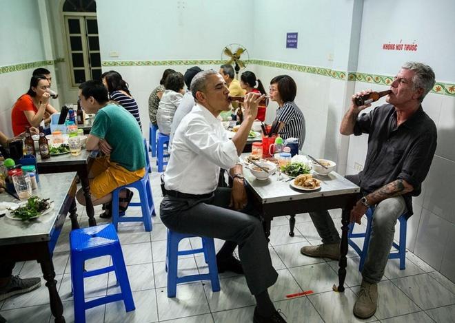Obama an bun cha o Ha Noi vao top anh an tuong nhat tuan hinh anh