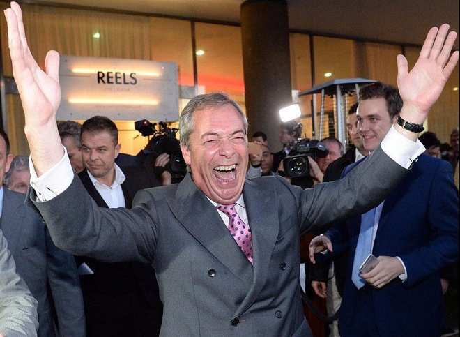 Anh chon roi EU: Ke cuoi, nguoi khoc hinh anh