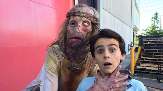 Javier Botet  Mama The Conjuring anh 10