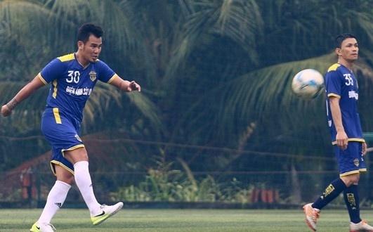 Phan Thanh Binh va ky uc cuu dong doi khi xem World Cup hinh anh