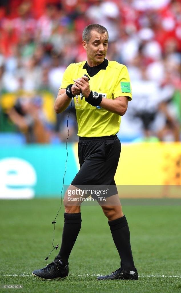 Morocco,  Ronaldo,  VAR,  trong tai VAR,  Mark Geiger,  World Cup 2018,  World Cup,  Cuu trong tai FIFA,  Dinh Van Dung,  mat lien lac VAR anh 1