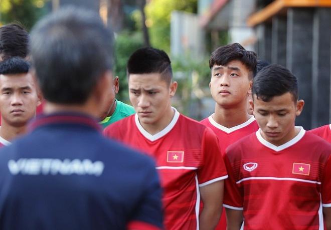 HLV Hoang Anh Tuan co the tra gia vi khong bat tay HLV U19 Indonesia hinh anh 1