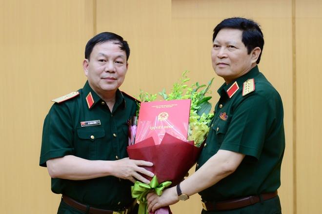 Tuong Le Dang Dung duoc giao phu trach Chu tich kiem TGD Viettel hinh anh 1