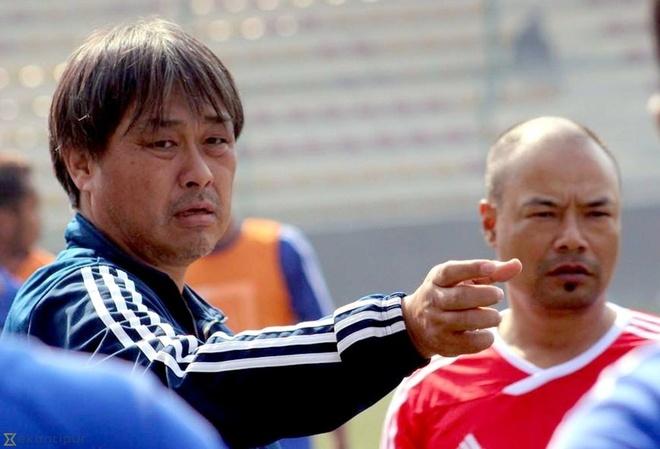 HLV Olympic Nepal muon ghi ban vao luoi thu mon Bui Tien Dung hinh anh 1