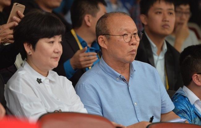 HLV Park Hang-seo: 'Vo toi chi goi dien dong vien thoi' hinh anh
