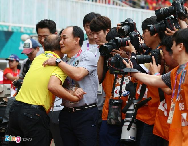 Olympic Viet Nam,  Olympic Han Quoc,  Park Hang-seo,  Son Heung-min,  ASIAD,  ban ket,  Viet Nam anh 1