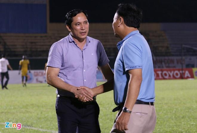 To trong tai FIFA bi CLB Binh Duong de xuat treo coi vinh vien hinh anh 2