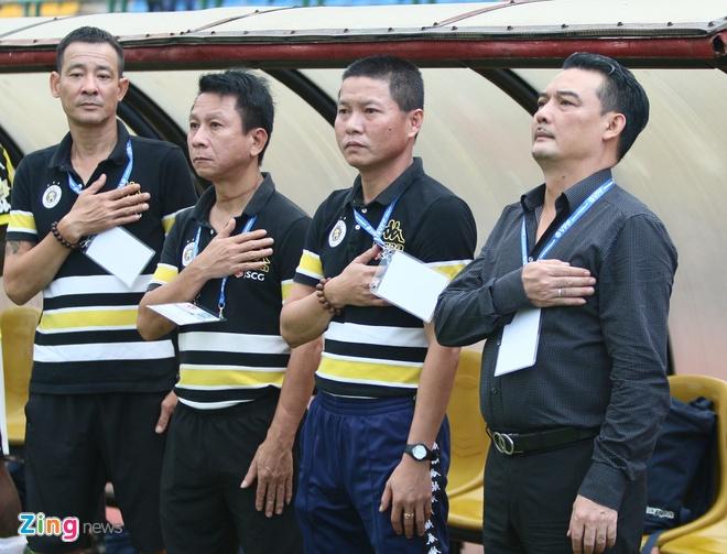 CLB Ha Noi uc che vu bat den sau khi bi Binh Duong loai hinh anh 1
