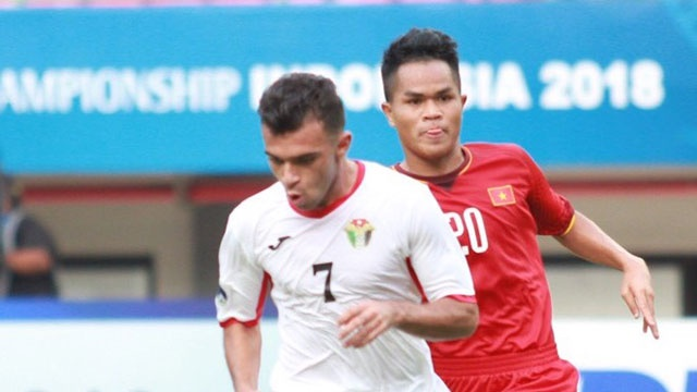Thung luoi phut 89, U19 Viet Nam ra quan thua nguoc 1-2 o giai chau A hinh anh