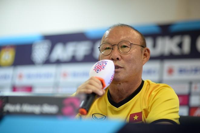 HLV Park Hang-seo: 'Toi khong tin nguoi Malaysia chi muon 1 diem' hinh anh