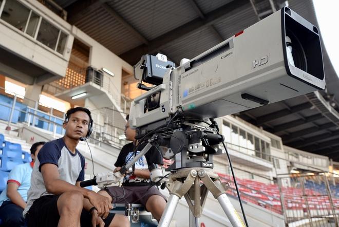 Myanmar hua hen tin hieu truyen hinh tran Viet Nam chuan World Cup hinh anh