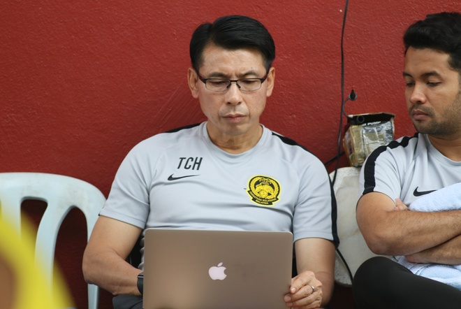 HLV Malaysia: 'Toi da co nhieu bai hoc tu tran thua Viet Nam' hinh anh