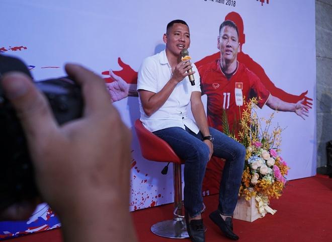 Tien dao Anh Duc noi gi khi khong duoc chon du Asian Cup 2019? hinh anh